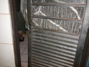 Homens invadem residência e executam morador enquanto dormia