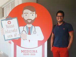 Entre médicos formados pela UEMS, indígena quer inspirar jovens a acreditarem na educação