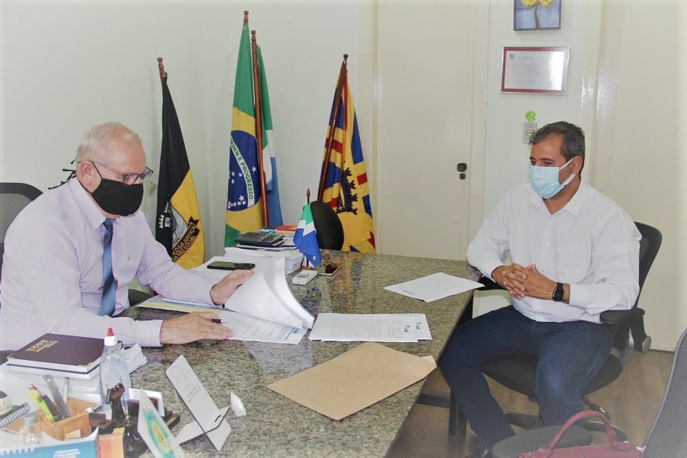 Agepen e UEMS se unem em projeto de incentivo à leitura para internos da Penitenciária da Gameleira