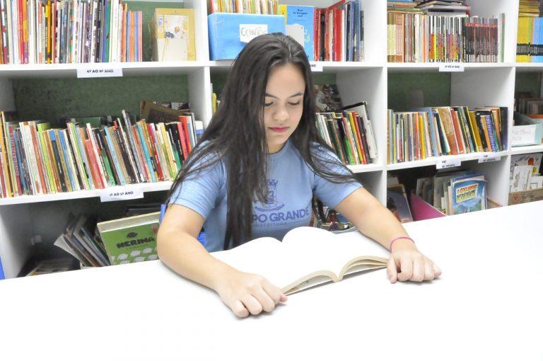 Uso de livros e materiais didáticos da Reme é regulamentado para manter acesso a qualidade
