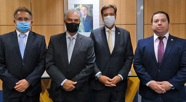 Governador busca no Ministério do Turismo R$ 30 milhões para obras em Bonito