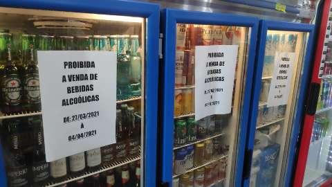 'Lockdown' decreta lei seca que pode proibir venda até a mercados da Capital e 42 municípios