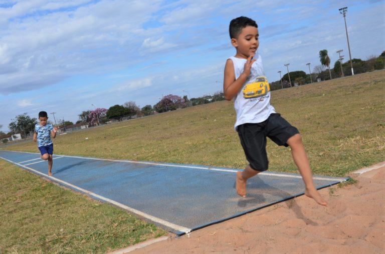 Oficinas de atletismo infantil acontecem no Parque Ayrton Senna