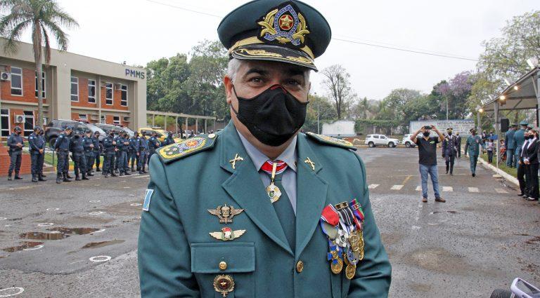 No aniversário da PM, Reinaldo anuncia reestruturação na carreira dos policiais