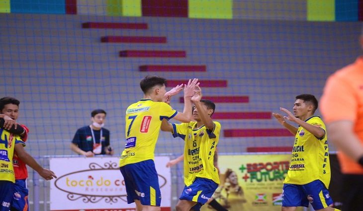 Apaefs empata pela Taça Brasil de Futsal Sub-17 e segue viva na clompetição