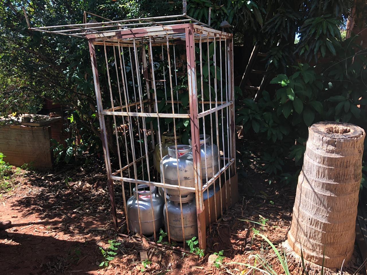 Polícia localiza depósito clandestino de gás e prende homem por receptação