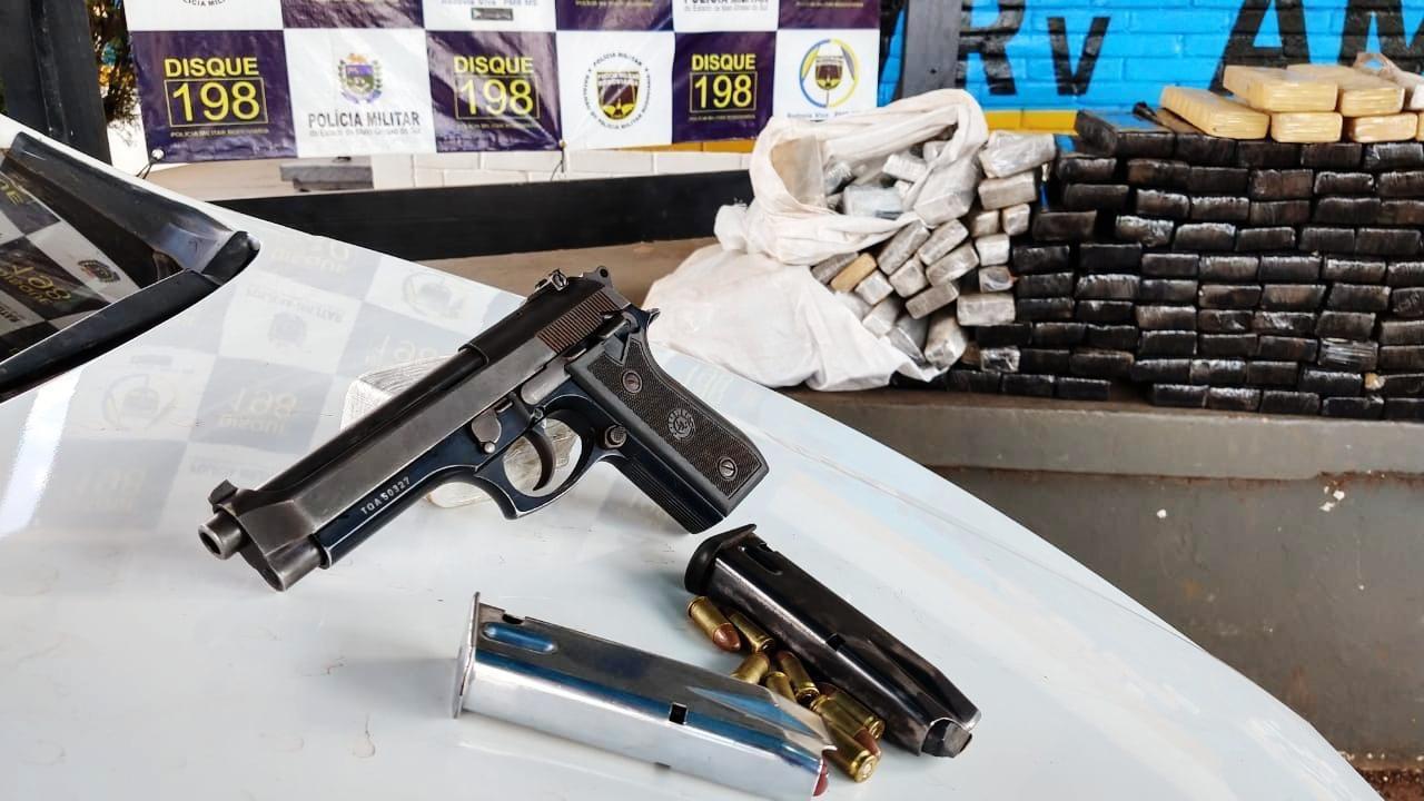 Maconha e arma são apreendidas em rodovia de MS