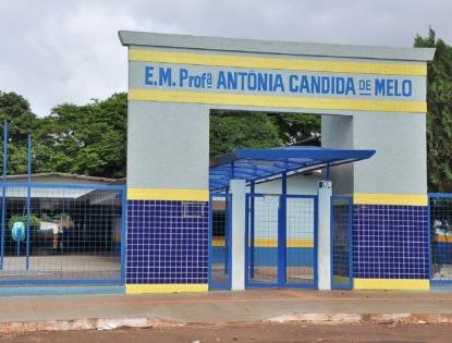 Escola Antonia Cândida. A. Frota