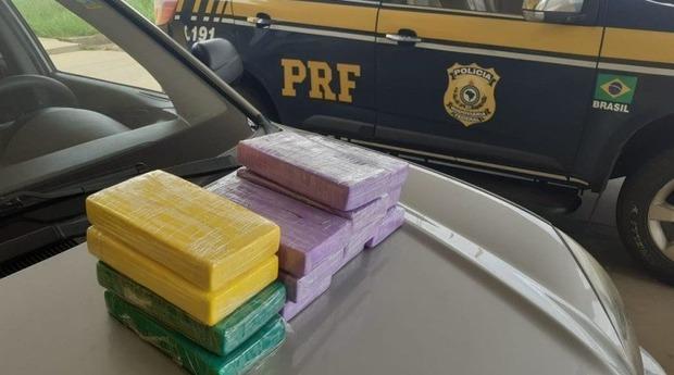 PRF apreende carga de cocaína avaliada em R$ 360 mil