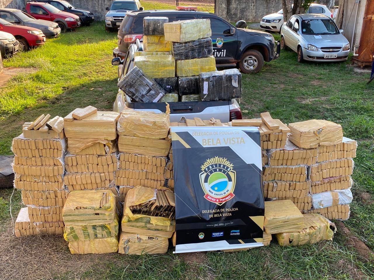 Operação contra o tráfico de drogas apreende duas toneladas de maconha na fronteira