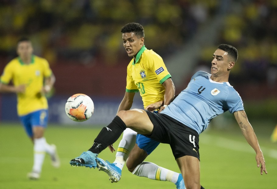 Brasil x Uruguai pelo segundo jogo do quadrangular final do Pré-olímpico da Colômbia. Pedrinho. Lucas Figueiredo/CBF