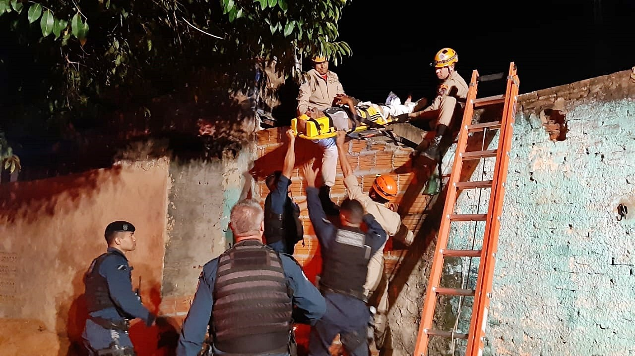 Foragido é baleado pela PM após tentativa de fuga e reação à prisão