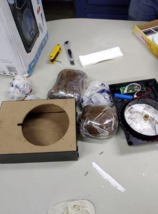 A droga estava no interior de uma caixa de som
