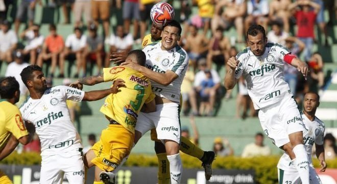 Mirassol e Palmeiras tiveram dificuldades para criar oportunidades de gol. José Luis Silva/Estadão Conteúdo