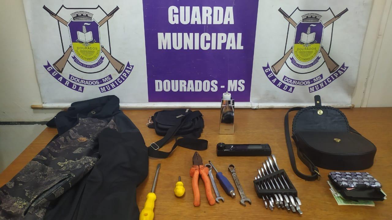 Objetos capturados pela Guarda Municipal / Divulgação - Guarda Municipal de Dourados
