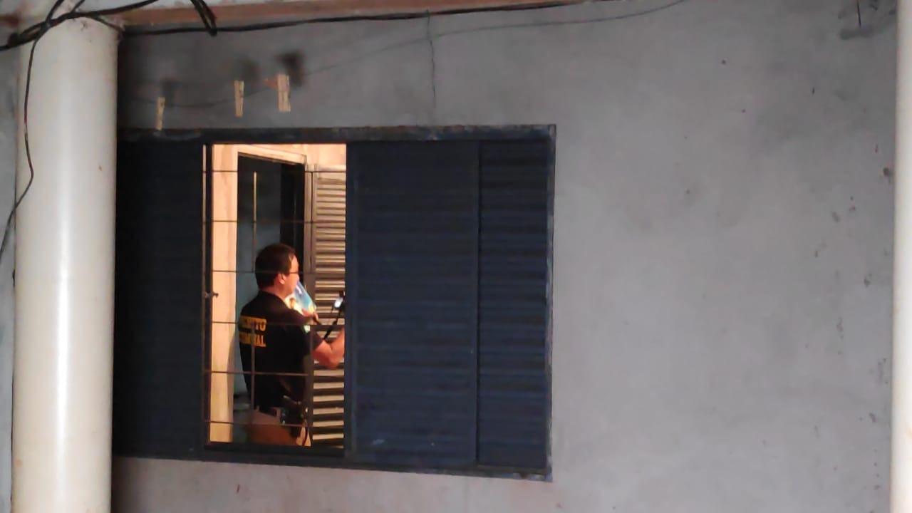 A travesti foi morta em uma casa no bairro Canaã 1, em Dourados. Adilson Domingos