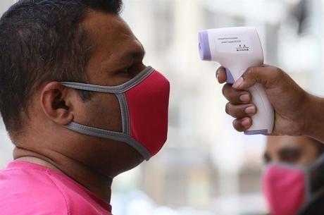 OMS registra recorde de casos do novo coronavírus em 24h Rehan Khan/ EFE